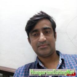 dynatani, 19840301, Hyderabad, Sind, Pakistan